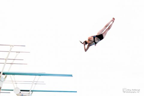 Amy Diving